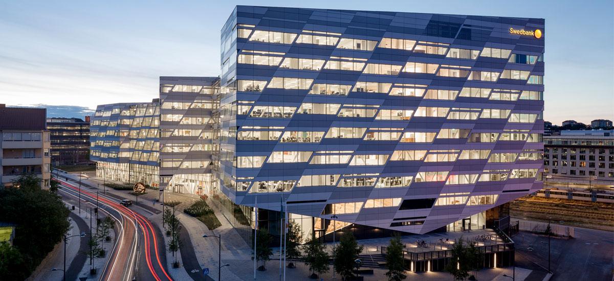 I höst kan allmänheten titta in hos Swedbank på bankens enorma huvudkontor i Sundbyberg.